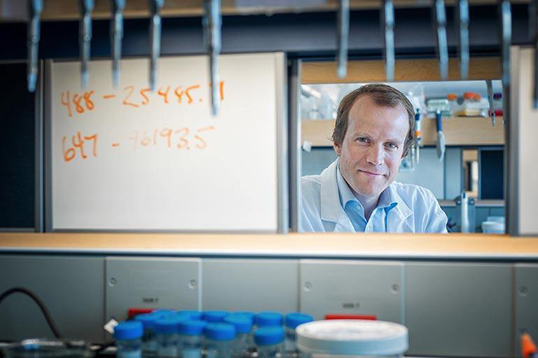 Dr. Haakon Nygaard holds the Fipke Professorship in Alzheimer's Research and now works out of the Djavad Mowafaghian Centre for Brain Health at UBC. Photo Credit: Martin Dee